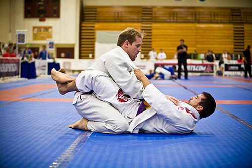 Brazilian jiu jitsu positions Guard